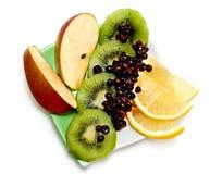 02 frukter plate moget Arkivfoto