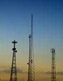 02 mâts de transmissions Photo stock
