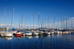 03条靠码头的游艇 免版税库存照片