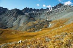 03 μπλε βουνά Στοκ Εικόνες