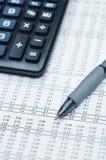 03 biznesów finansowy raport Zdjęcie Royalty Free
