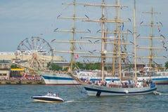 04 07 2009 chemins de Gdynia Pologne expédient grand Photographie stock libre de droits