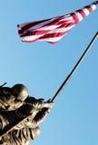 04 amerykańska flaga trzyma Fotografia Royalty Free