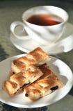 05 μπισκότα σπάζουν το τσάι Στοκ εικόνες με δικαίωμα ελεύθερης χρήσης