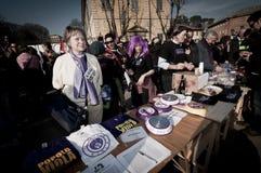 06 arcore 2011 demonstracj Luty trzymający Zdjęcie Royalty Free