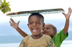 06 szczęśliwych dzieciaków Papua Obrazy Royalty Free