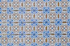 065 glasade portugisiska tegelplattor Arkivbilder