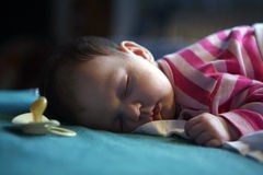 07个婴孩休眠 免版税图库摄影