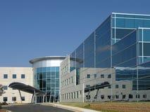 1个大厦外部玻璃办公室端 免版税库存图片