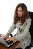 1个有吸引力的企业膝上型计算机妇女工作 库存图片