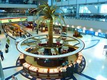 1个机场迪拜国际终端 库存照片