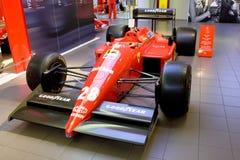 1个汽车ferrari配方红色体育运动 库存照片
