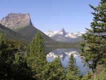 1冰川峰顶反映 免版税库存照片
