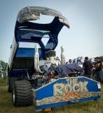 1台下拉式拖拉机 库存照片