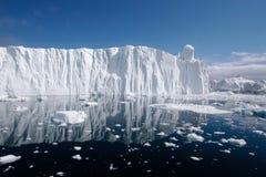 1座冰山 免版税库存图片