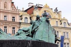 1月Hus的纪念碑在Oldtown广场的在布拉格 库存照片