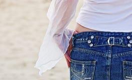 1条牛仔布裙子 免版税图库摄影