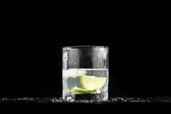 1杯展开水 库存照片