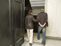 1次拘捕把人扣上手铐下 免版税库存图片