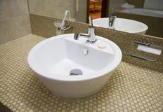 1水槽白色 免版税库存图片