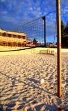 1海滩排球等待 免版税库存照片