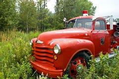 1辆古色古香的救火车 库存图片