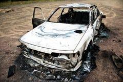 1辆被烧的汽车 库存照片