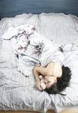 1 γυναίκα ύπνου στοκ φωτογραφίες