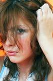 1 επικεφαλής γρατσούνισμα κοριτσιών Στοκ εικόνες με δικαίωμα ελεύθερης χρήσης