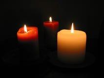 1 καίγοντας κεριά τρία Στοκ φωτογραφία με δικαίωμα ελεύθερης χρήσης