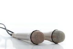1 μικρόφωνα δύο Στοκ εικόνες με δικαίωμα ελεύθερης χρήσης