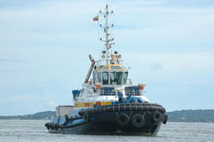 1 μπλε tugboat κίτρινο Στοκ Φωτογραφία