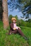 1 νεολαία γυναικών πεύκων Στοκ Εικόνες