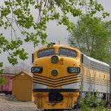 1 τραίνο κίτρινο Στοκ εικόνα με δικαίωμα ελεύθερης χρήσης