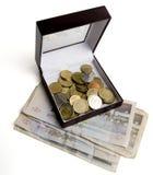 1 χρήματα κιβωτίων στοκ εικόνα με δικαίωμα ελεύθερης χρήσης