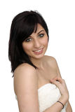 1 όμορφη πετσέτα λουτρών που φορά τις νεολαίες γυναικών Στοκ Φωτογραφίες