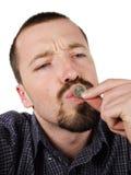 1 детеныш евро монетки целуя мыжской Стоковые Изображения RF
