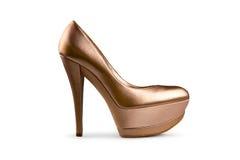 1 женский золотистый ботинок Стоковая Фотография