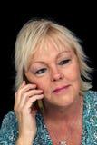 1 женщина телефона белокурой клетки возмужалая Стоковая Фотография RF