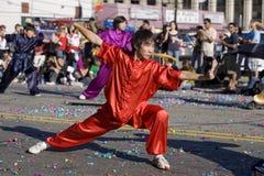 1 китайский новый год wushu практикующий врача парада Стоковая Фотография RF