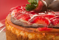 1 клубника поливы cheesecake Стоковое фото RF