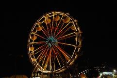 1 колесо nighttime ferris Стоковая Фотография
