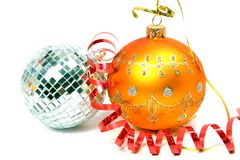 1 лента 2 сфер праздничного цвета стеклянная красная Стоковая Фотография