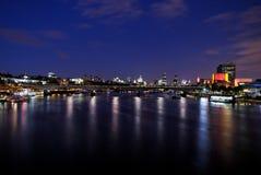 1 мост london waterloo Стоковые Фотографии RF