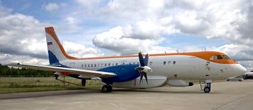 1 114 il plane Arkivfoto