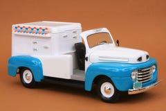 (1) 1948 kremowa f brodu lodu ciężarówka Zdjęcie Royalty Free