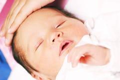 1 behandla som ett barn maria Royaltyfri Foto