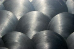 1 borstade metalltextur Arkivfoton