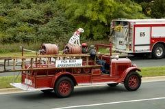 1 brand ståtar lastbilen Fotografering för Bildbyråer