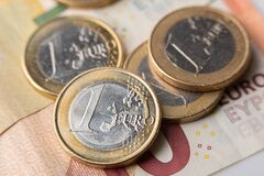 Free 1 Euro Coins And Bills Royalty Free Stock Photography - 182039967